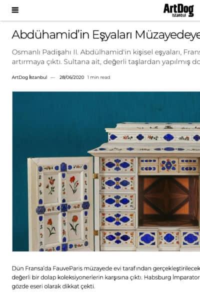 La revue turque Artdog annonce la vente de notre cabinet d'Augsburg